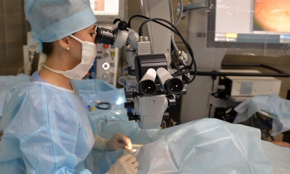 Имплантация факичных линз в клинике «Микрохирургия глаза» в Оренбурге